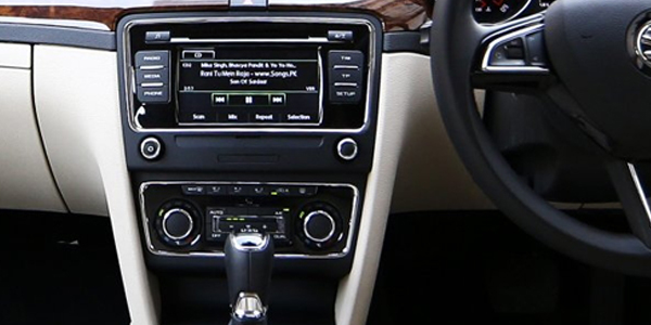 Toyota Camry Sound System